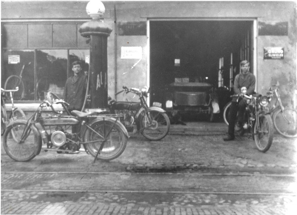Autobedrijf J. Hoiting : Al bijna 100 jaar een begrip !